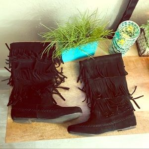 Shoes - Pixie Black Fringe Moccasin Tassel Medium Boots